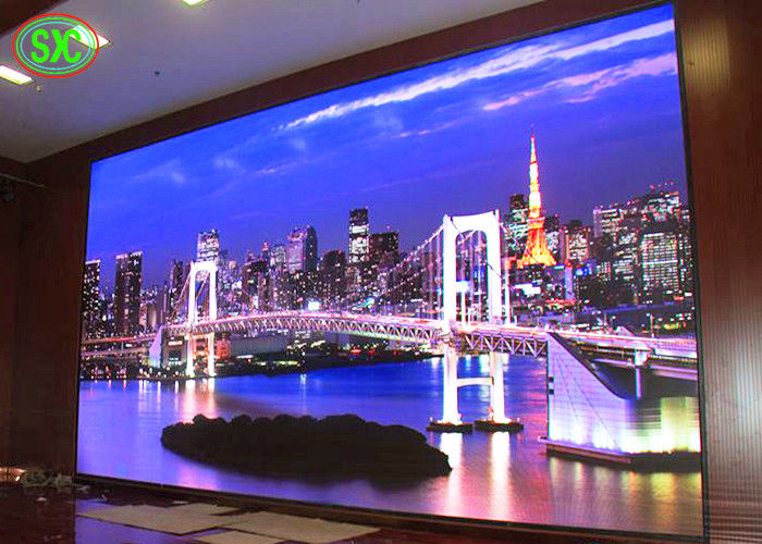 High Resolution P2.5 Advertising LED Screens , Indoor Rental LED Display 160*160mm